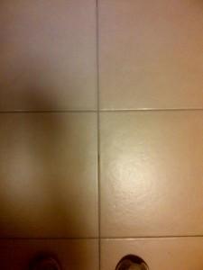 fughe pulite, pavimento sbiancato